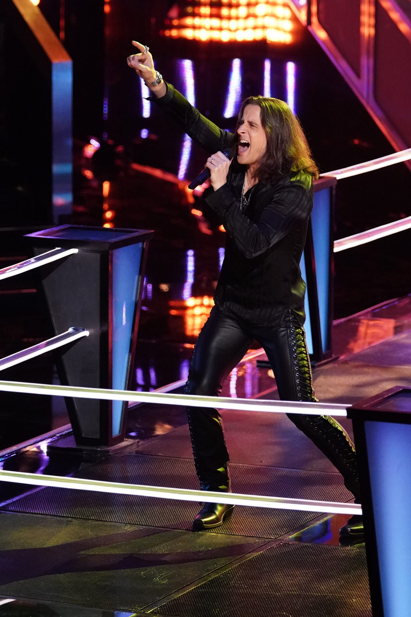 "THE VOICE -- ""Battle Rounds"" Episode 1806 -- Pictured: Todd Michael Hall -- (Photo by: Tyler Golden/NBC)"